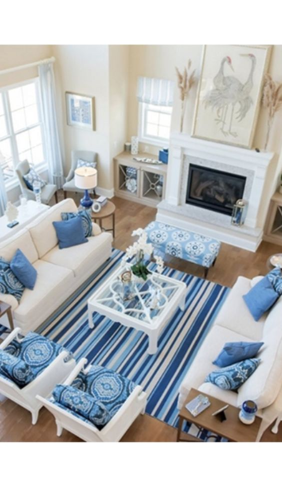 Coastal Living Room Idea 21
