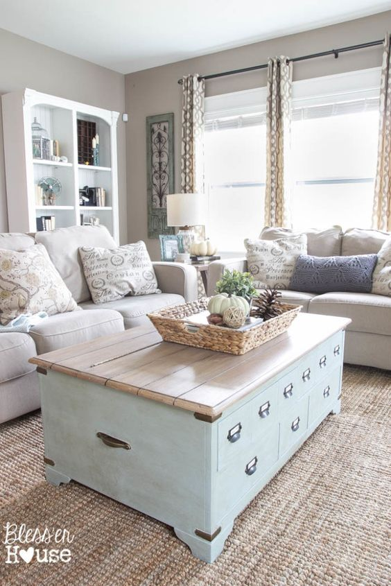 Coastal Living Room Idea 6