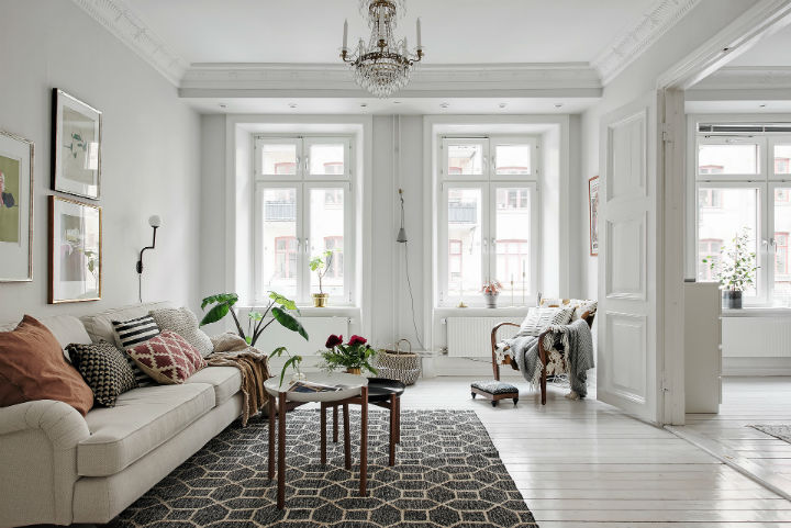 white Scandinavian apartment interior design 2