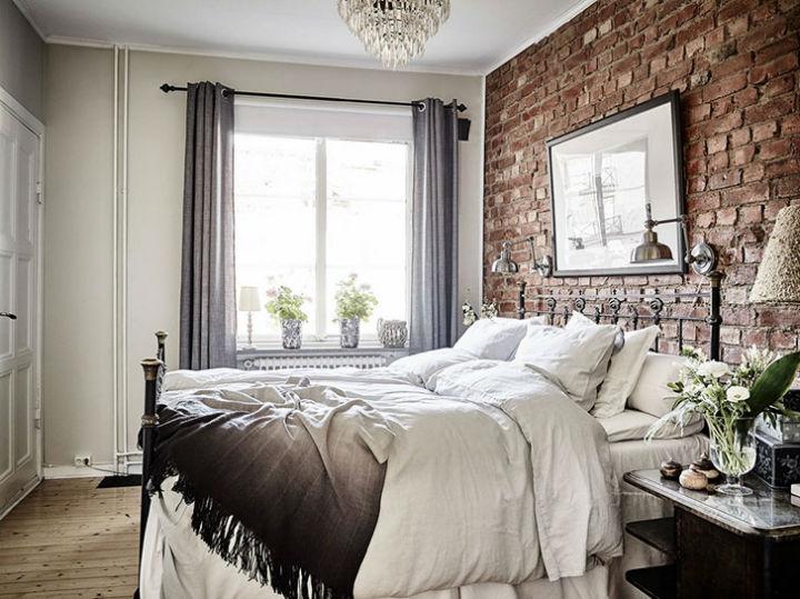Calm Traditional Yet Elegant home Design 12