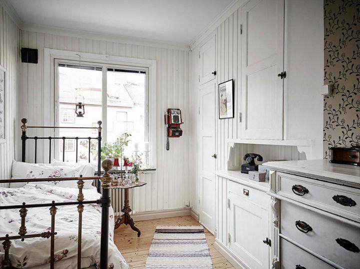 Calm Traditional Yet Elegant home Design 21