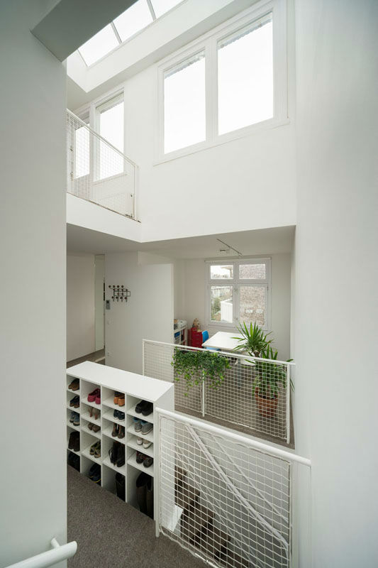 Minimalist Family Loft in Amsterdam 12