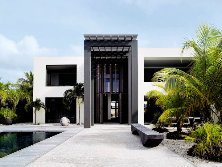 Luxurious Designer Beach Villa 14