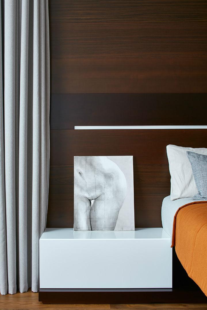 Glamorous Contemporary Apartment interior design 32