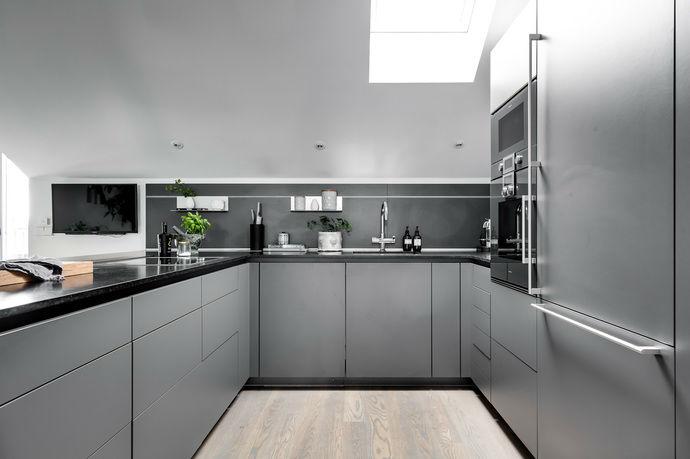 Gray interior 10