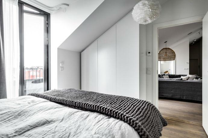 Gray interior 20