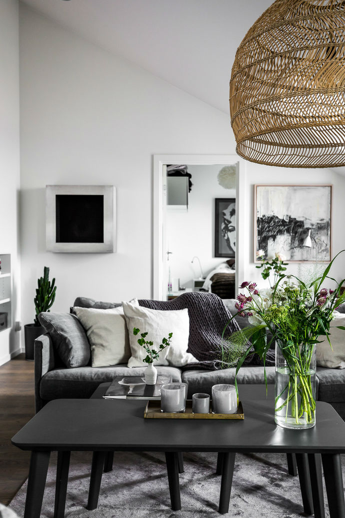 Gray interior 4