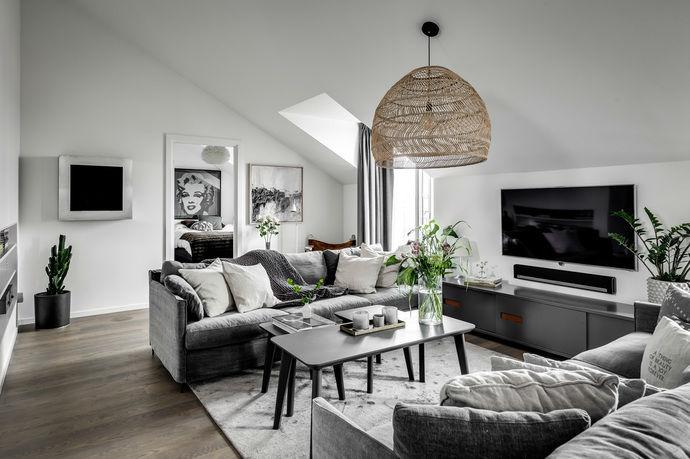 Gray interior 5