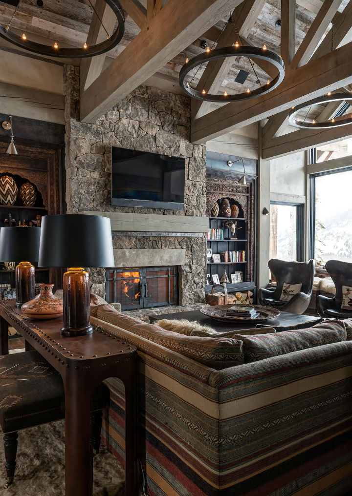 Log cabin style meets ethnic and modern interior design for Small cabin interiors photos