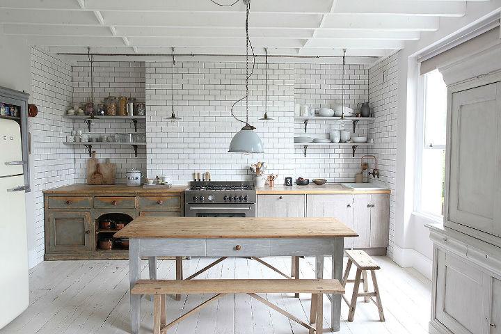 Distressed Decor in kitchen