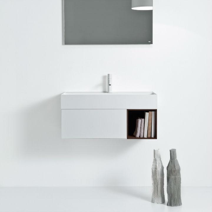 Elegant Modern Washbasin Designed With a Unique and Original Line