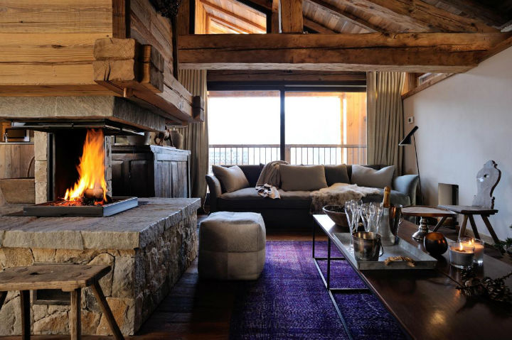 Old Savoie Stable Turned Into a Luxurious Mountain Retreat 3
