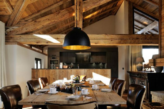 Old Savoie Stable Turned Into a Luxurious Mountain Retreat