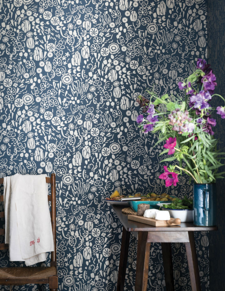 floral wallpaper by Farrow and Ball 3