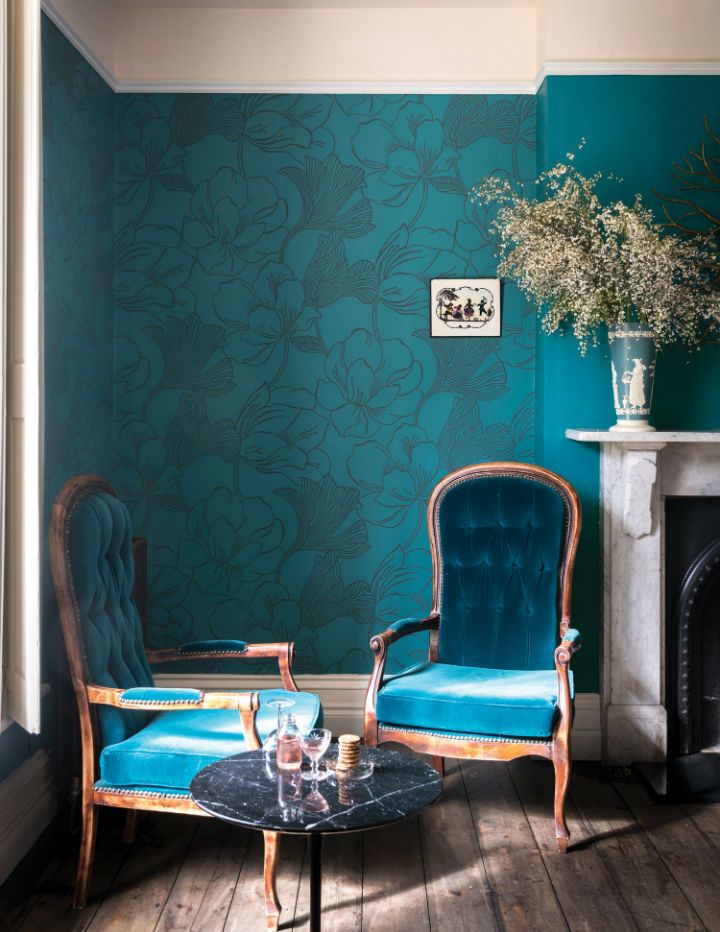 floral wallpaper by Farrow and Ball 9