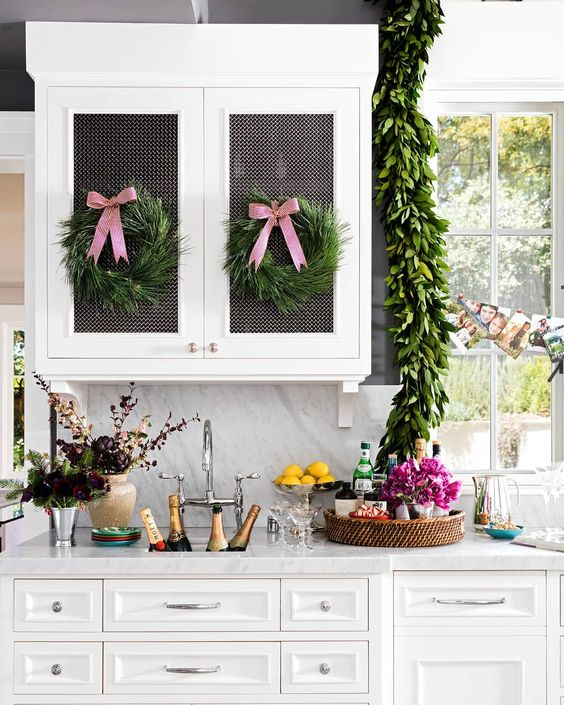 Christmas kitchen window garland decoration idea