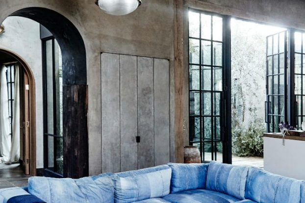 Old World Interior Design With Movie Star Appeal 7