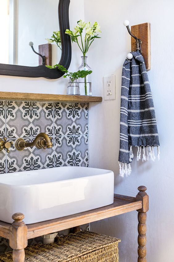Bathroom Ideas With Gold 5
