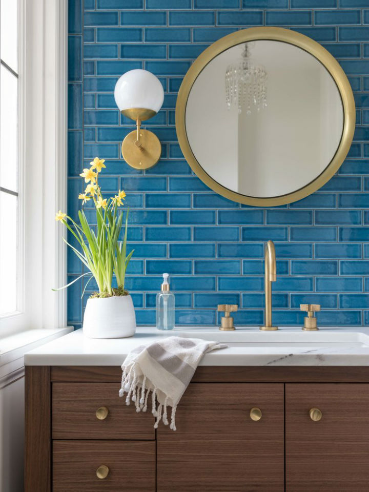 Bathroom Ideas With Gold 8