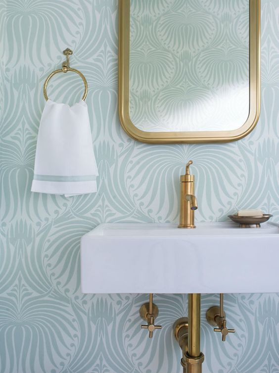 Bathroom Ideas With Gold Touches 25