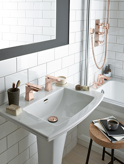 Bathroom Ideas With Gold Touches 38