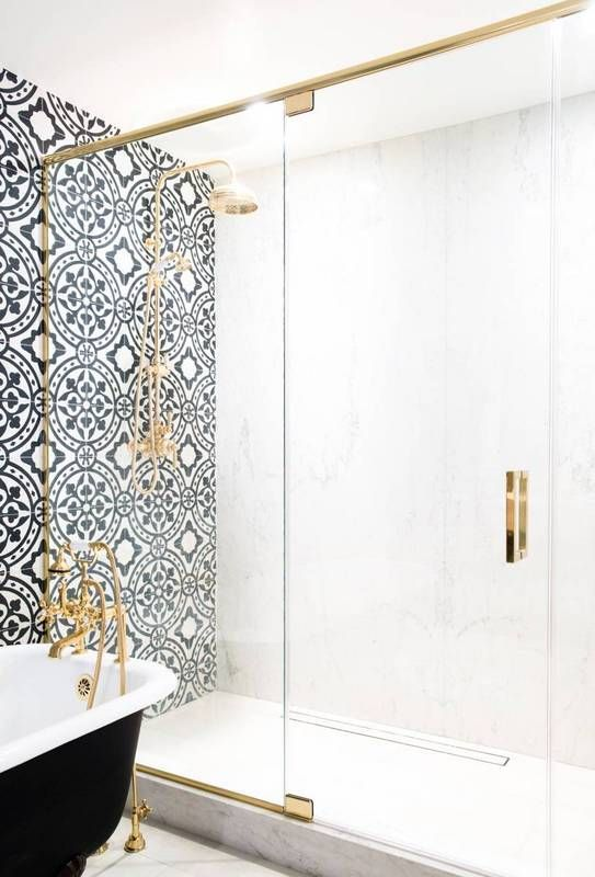 Bathroom Ideas With Gold Touches 40