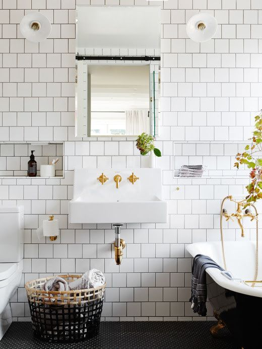 gold bathroom idea 50