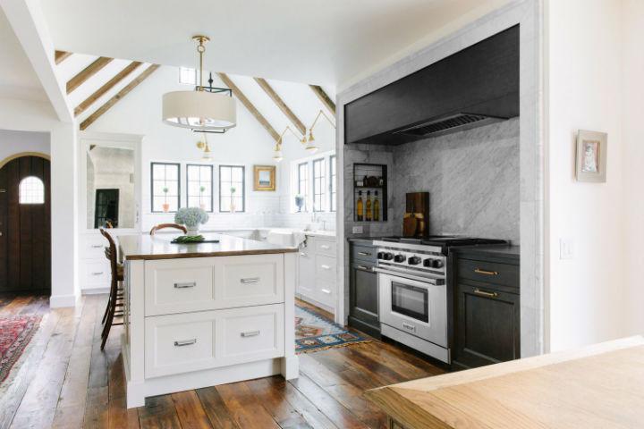 High-End Kitchen Design 12