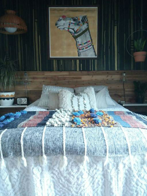eclectic bohemian bedroom idea