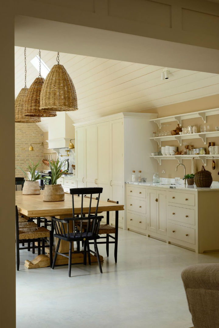 Classic English Kitchen Designs 8