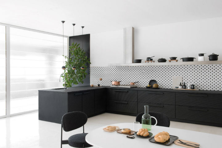 Stylish Italian Kitchen Designs 18