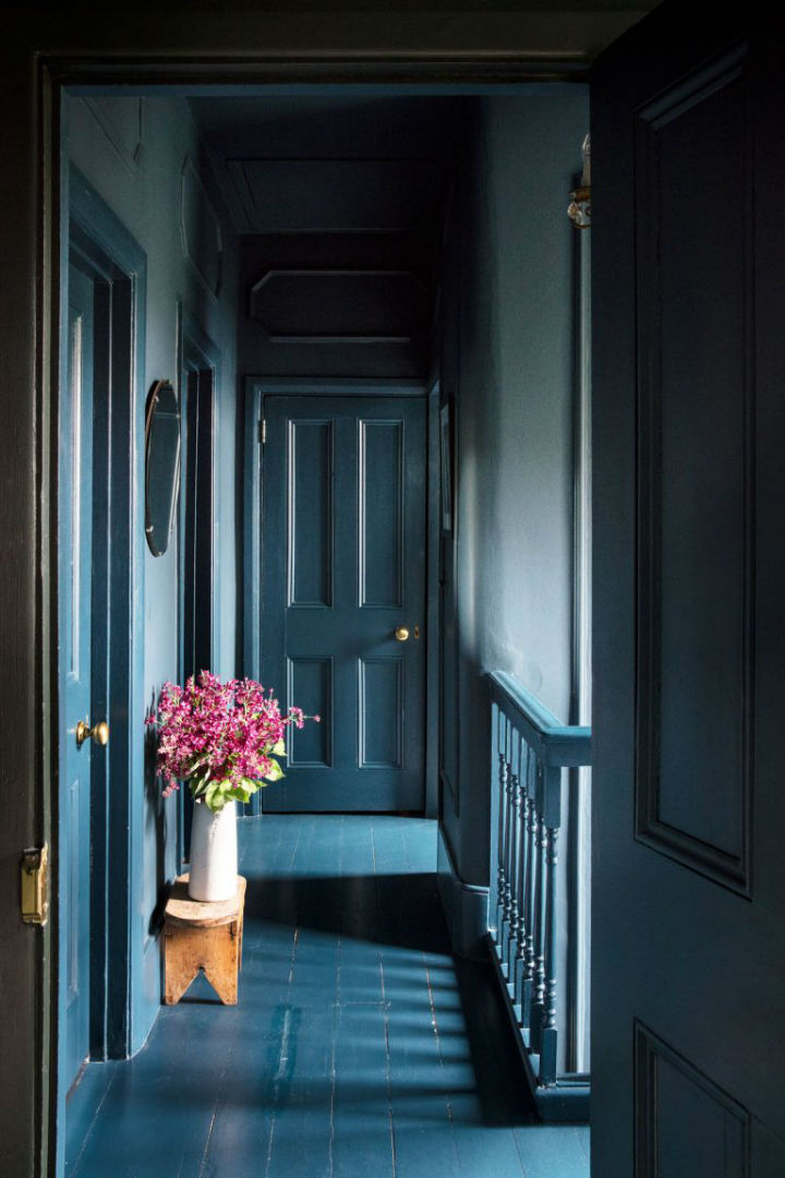 dramatic home style interior design 10