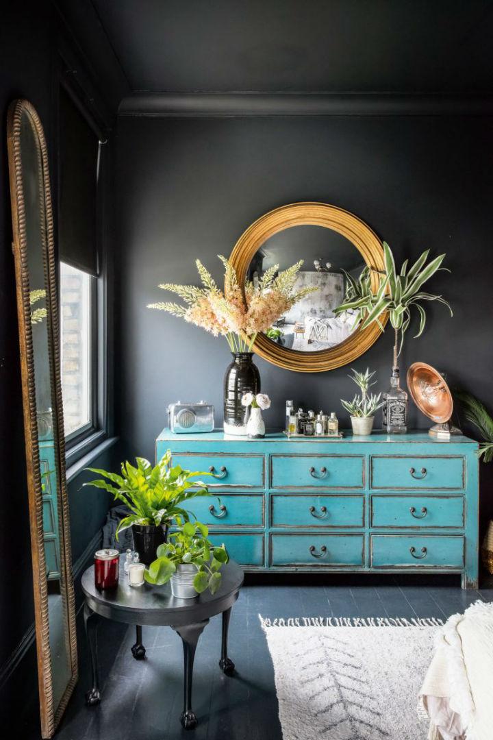 dramatic home style interior design 12