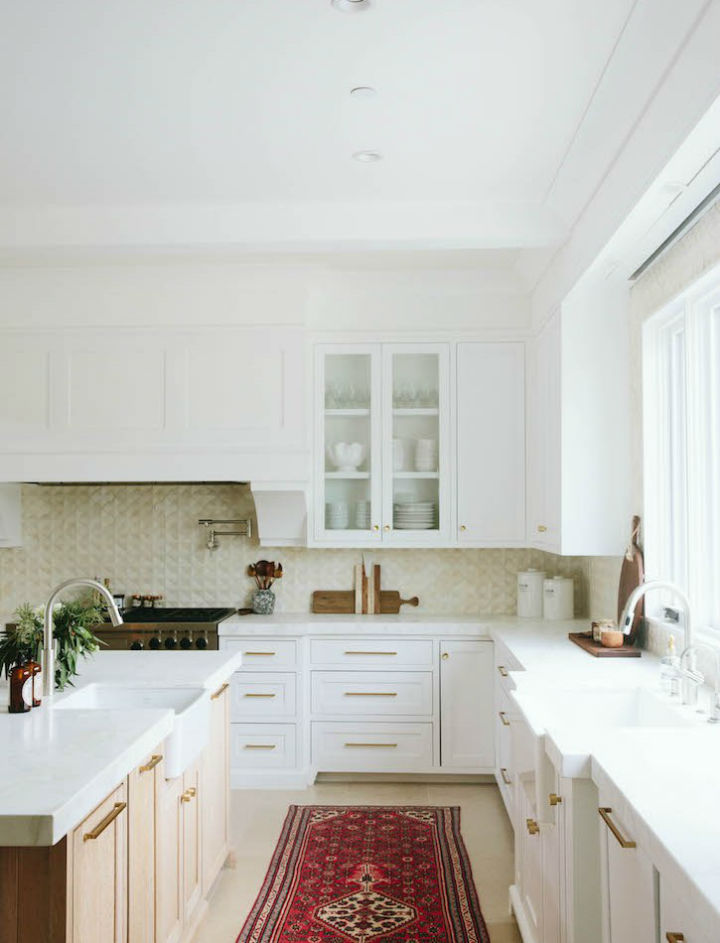 Clean and  Elegant Kitchen Design 10