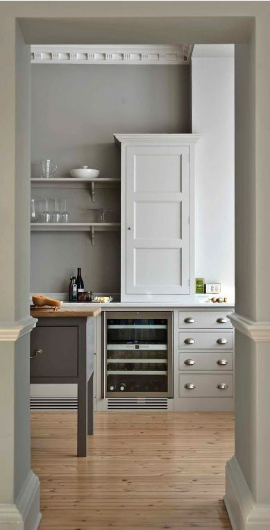 Traditional English Kitchen Design idea 14