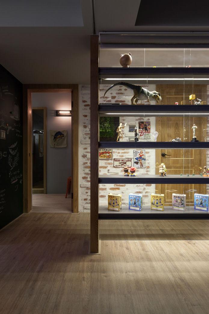 contemporary family apartment interior design 14