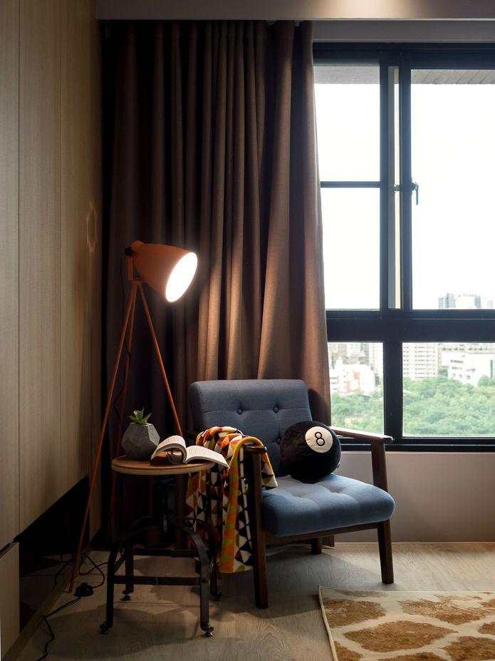 contemporary family apartment interior design 18