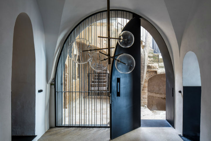 Amazing Historic Apartment in Jaffa 2