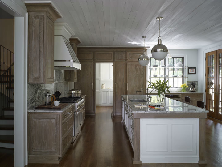 Timeless and Singular Kitchen Design 6