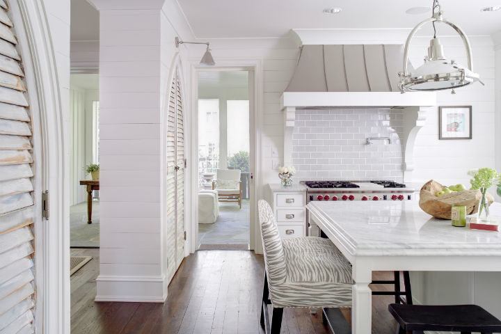 Timeless and Singular Kitchen Design 7