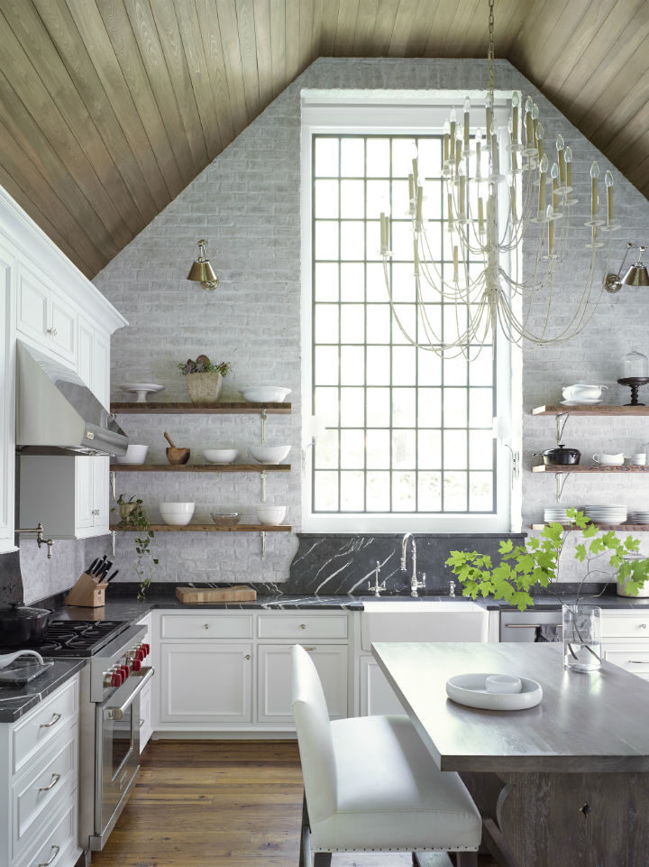 Timeless and Singular Kitchen Design