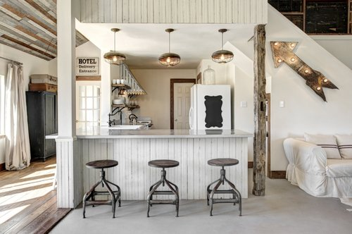 Amazing Industrial Farmhouse For Rent in Round Top Texas 3