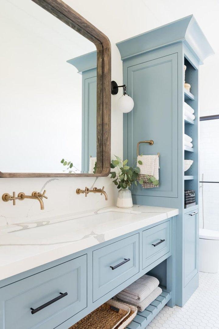 12 Blue Bathroom Ideas You