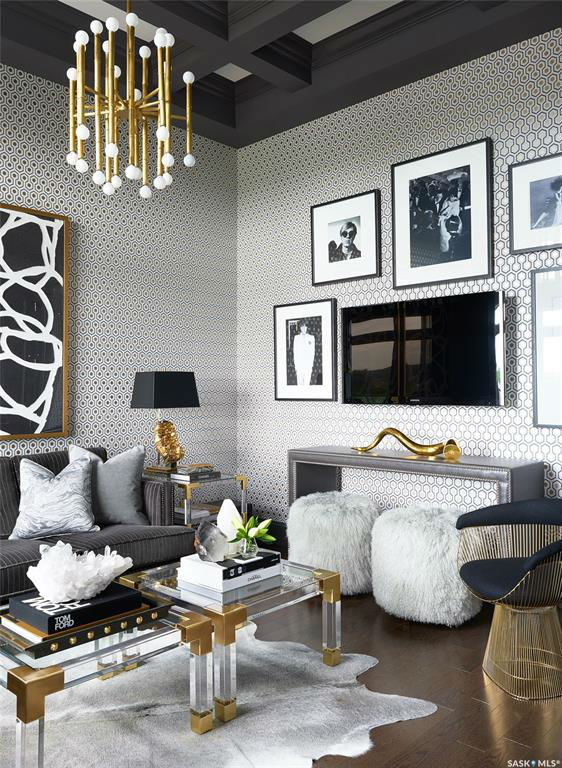 Glamorous Chic and Sophisticated Interiors 13