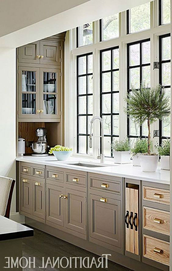 Deluxe Handcrafted Kitchen Design Ideas 4