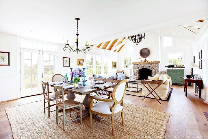 New England Glamour With Mediterranean Flair interior 2