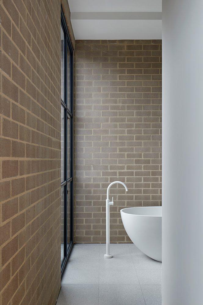 award wining minimalist interior design 23