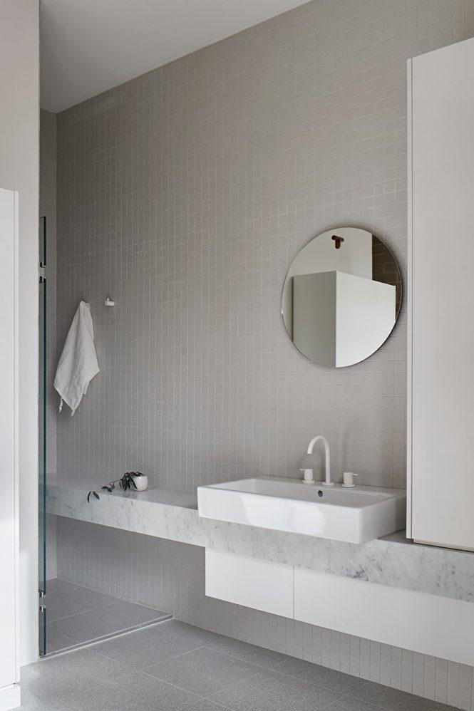 award wining minimalist interior design 24