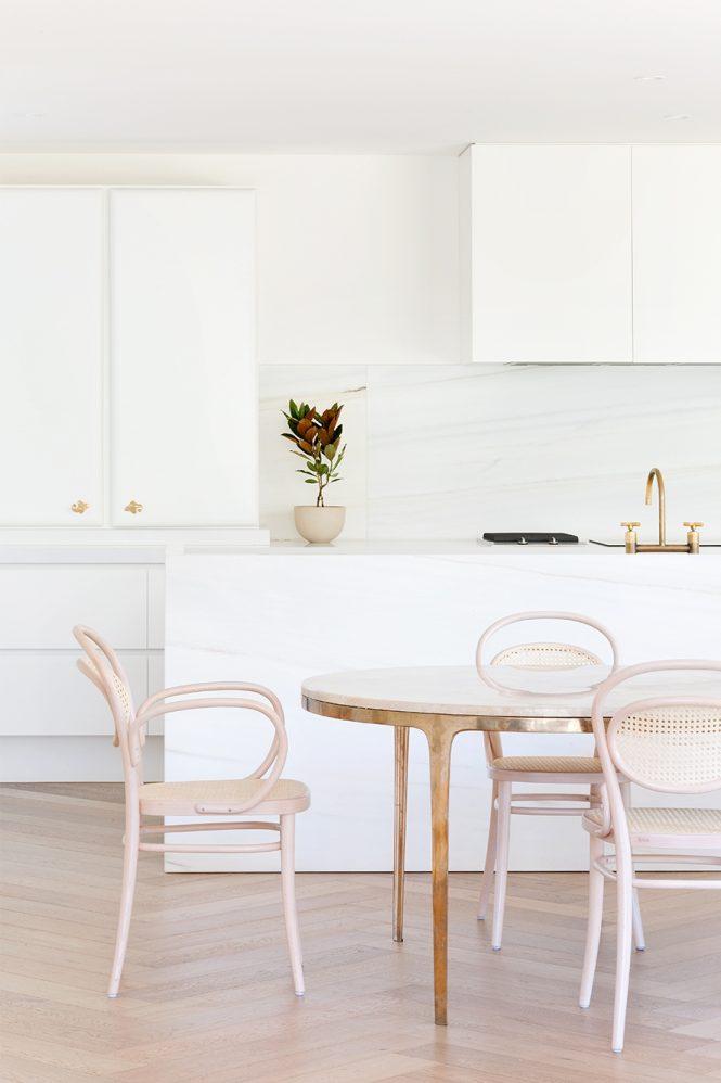 award wining minimalist interior design 27