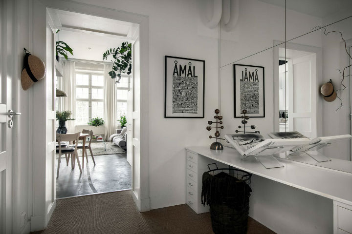 small Scandinavian loft interior design idea 15
